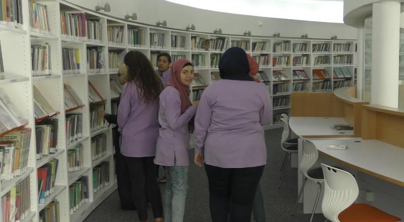 المطالبة بتمديد ساعات دوام المكتبة العامة في أم الفحم