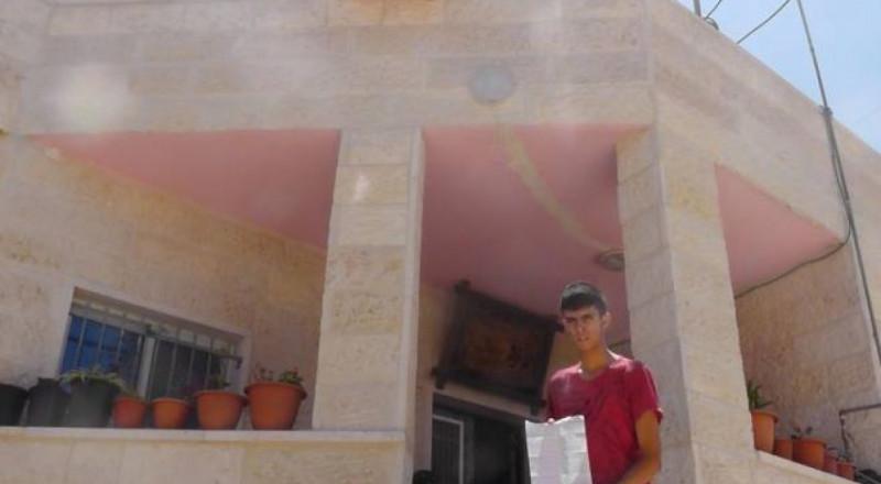 الاحتلال يصوّر عدة منازل مخطرة بالهدم في بيت أمر