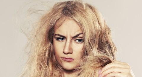كيفية إصلاح الشعر التالف بعد صبغه