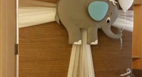 طرق مبتكرة لتزيين أبواب غرفة الولادة بيديكِ