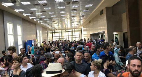 أزمة حادة على معبر طابا .. المئات من المسافرين والخدمة بطيئة