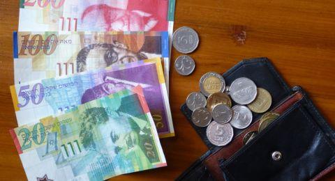 الدولار يتراجع امام الشيكل الاسرائيلي