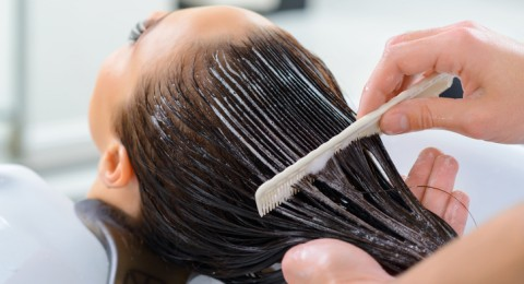 إليك هذه النصائح الهامة لتغذية الشعر