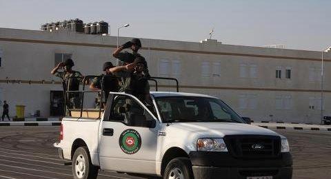 هآرتس: الإدارة الأمريكية تدرس قطع تمويل الأمن الفلسطيني