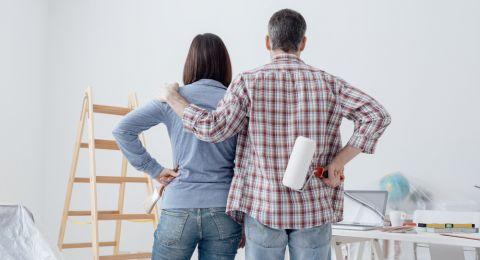 نصائح اختيار أنواع صبغ الجدران الجديدة