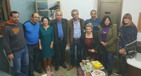 نواب التجمع في جلسة عمل مع عضو البلدية وفرع التجمع بيافا