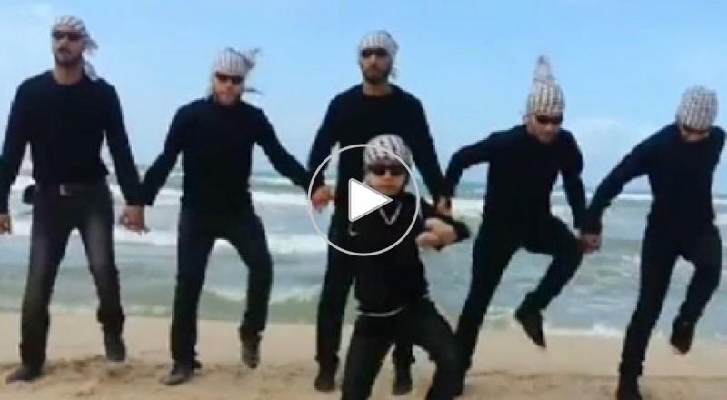 """فرقة فلسطينية تصل النجومية بهاتف خلوي وأنغام """"غزة ستايل"""""""