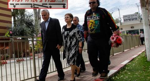 الصُحف الاسرائيلية: الرئيس السابق كتساف – باق في السجن