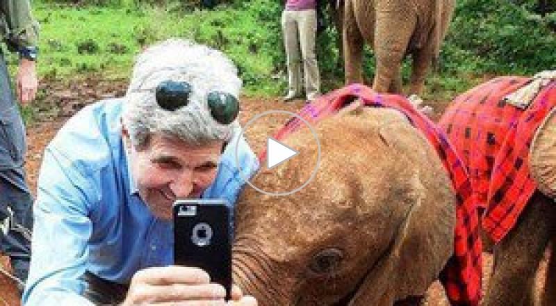 سيلفي جون كيري في حديقة الحيوانات مع فيل