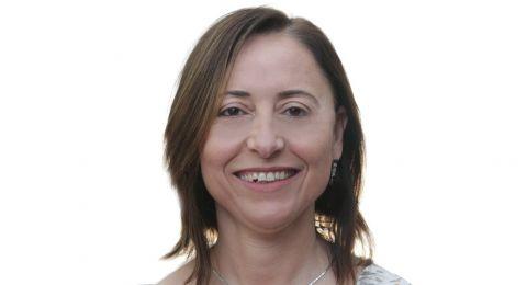 مدققة الحسابات ايمان زعبي تترشح لعضوية النقابة وتدعم ايريس شتارك للرئاسة