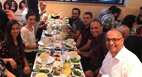 جامعة تل ابيب تنظم افطارا لطلاب الدكتوراه العرب