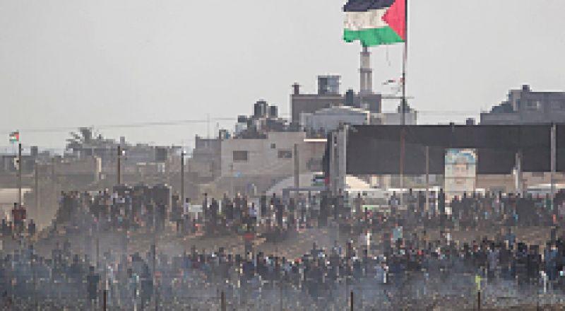 """أربعة شهداء و 525 إصابة في """"مليونية القدس"""" شرق غزة"""