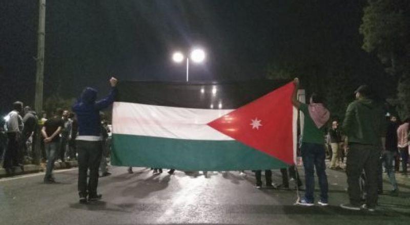 احتجاجات لليوم السابع على التوالي في الأردن ضد السياسة الاقتصادية