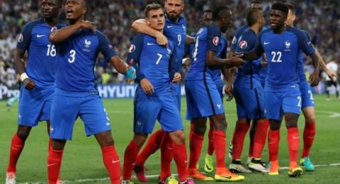 فرنسا تهزم ألمانيا وتبلغ النهائي