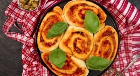 طريقة عمل بيتزا السينابون