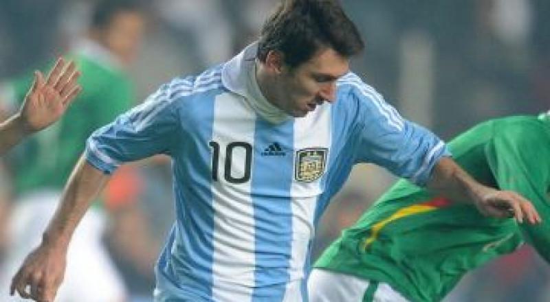 ميسي في مرمى نيران الصحافة الأرجنتينية