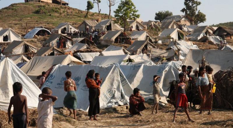 المجازر ضد المسلمين مستمرة في بورما وضغوط دولية على ميانمار