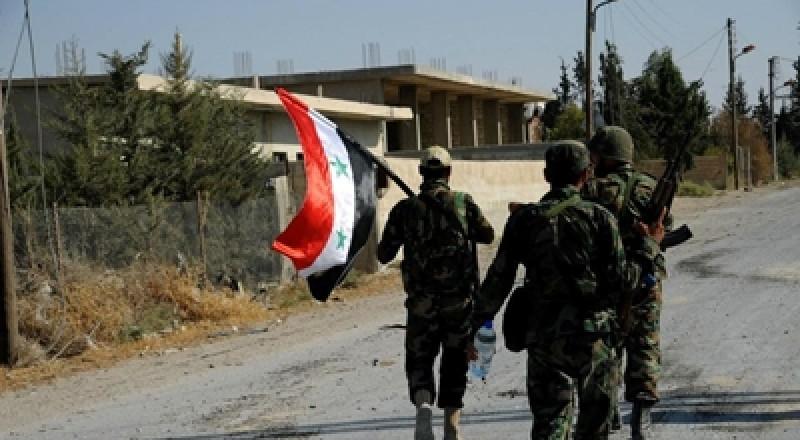 الجيش السوري وحلفاؤه يضيقون الخناق على داعش في ريفي حماة وحمص ودير الزور