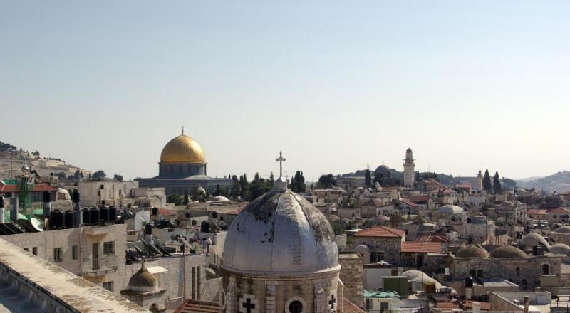 رؤوساء الكنائس العربية المسيحية في القدس يحذرون من تصفية الوجود المسيحي