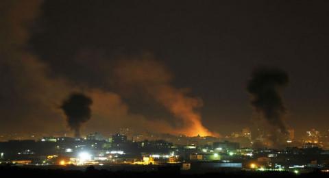 15 إصابة جراء سلسلة غارات على قطاع غزة، واصابات بالممتلكات في غلاف غزة