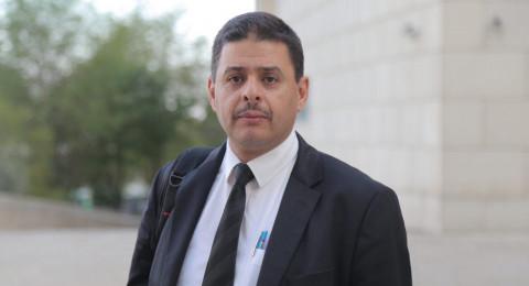 الشرطة تعتقل المحامي خالد الزبارقة وسط تنديد واسع