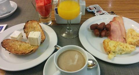 عدم تناول الفطور يربك ساعتكم البيولوجية