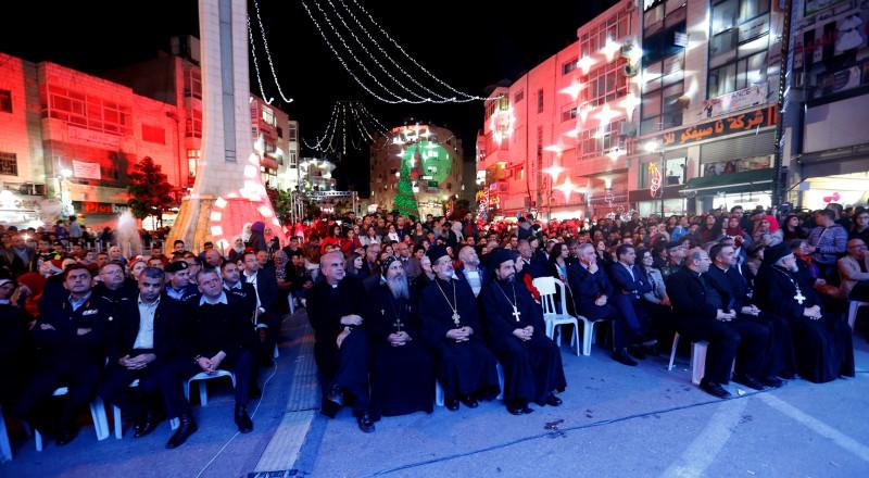 إضاءة شجرة الميلاد المجيد في رام الله