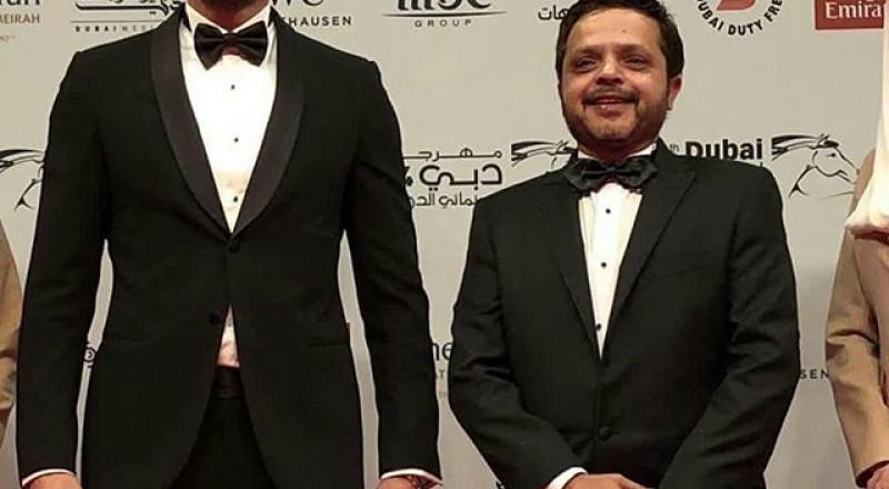 محمد هنيدي يلجأ للفوتوشوب لتعديل صورته مع أحمد عز