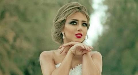 سارة سلامة تستقبل العام الجديد بفستان الزفاف