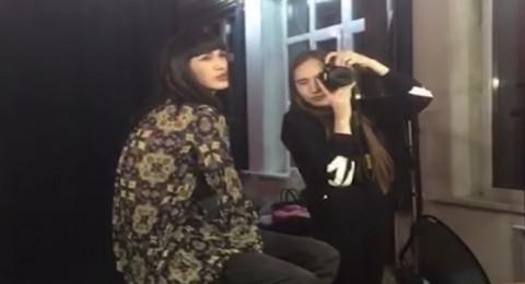 ملكة جمال في كازاخستان تذهل الإعلام بسر خطير