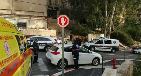 العثور على جثة شاب ملقاة على الرصيف في أحد شوارع حيفا