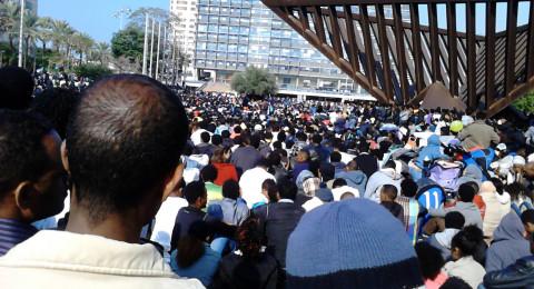 إسرائيل للمهاجرين الأفارقة: المغادرة أو السجن