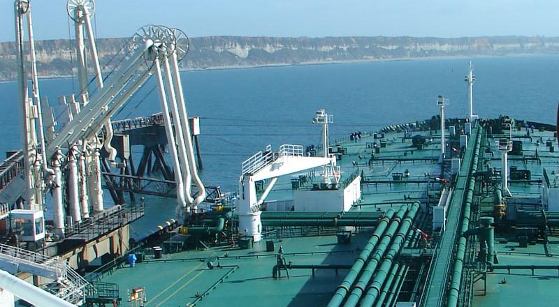 لبنان يعتزم التنقيب عن الغاز في منطقة متنازع عليها مع إسرائيل