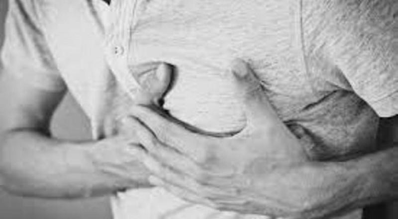 7 أسباب لألم الصدر غير القلب
