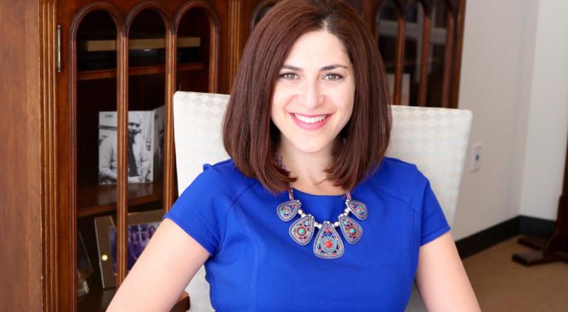 عرين شحبري، مؤسسة شركة كاكتوس، تحلم بان تتولى المرأة زمام الأمور في العالم، فهل ممكن؟