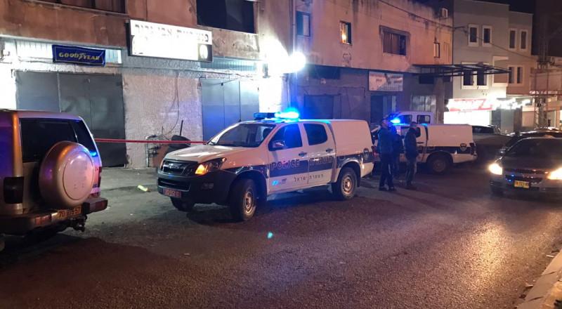 يافة الناصرة: اطلاق نار تجاه منزل واعتقال المشتبه