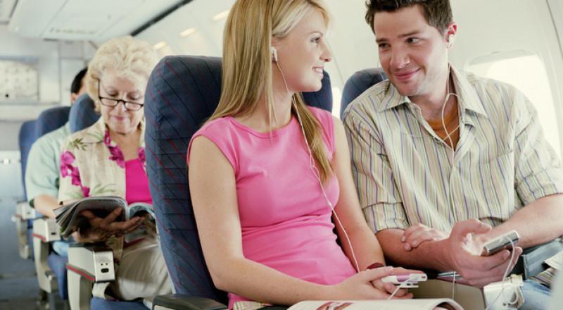 نصائح الراحة خلال الرحلات الطويلة بالطائرة