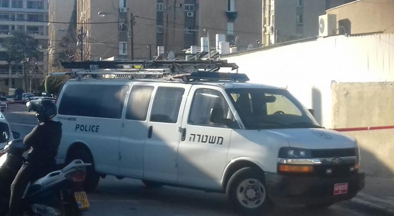 القدس: مصاب من عناتا حالته بالغة الخطورة والشرطة تحقق