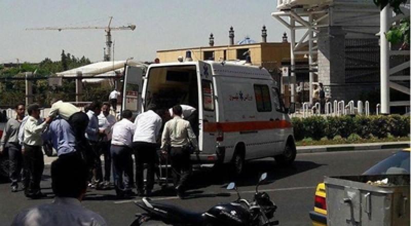 12 شهيدًا وعشرات الجرحى بعملية إرهابية في طهران، وداعش يتبنّاها بالفيديو