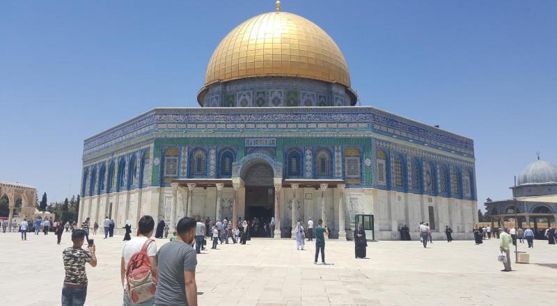 المسجد الاقصى في اليوم الثالث عشر من رمضان