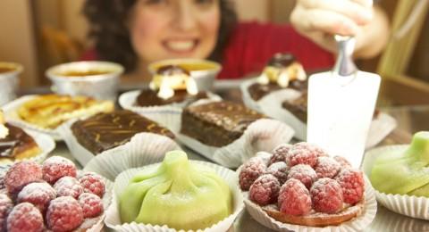 7 خطوات  للحد من إقبالك على الحلويات في عيد الأضحى
