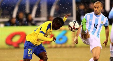 الاكوادور تصعق الأرجنتين بثنائية بغياب ميسي
