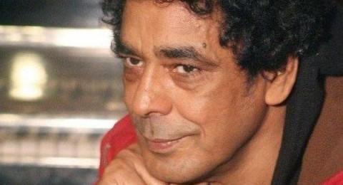 محمد منير يغادر المستشفى بعد إجراء جراحة في القلب