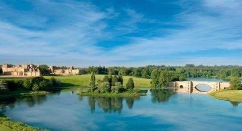 أسرارٌ مذهلة تحت بحيرة قصر.. هذا ما اكتشفه علماء الآثار