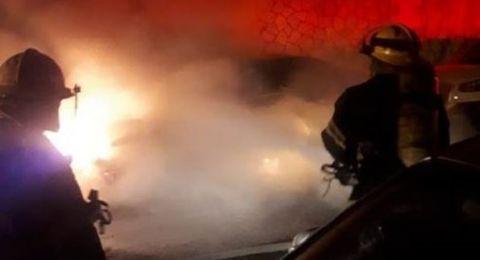 حيفا: اشتعال سيارة في شارع عباس والشرطة تحقق