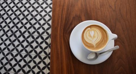 3 فناجين قهوة يوميا تقلل من مخاطر الخرف
