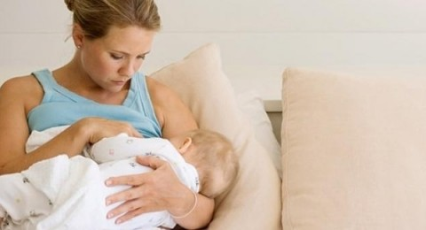 بروتين في حليب الأم يساعد على مقاومة الجراثيم