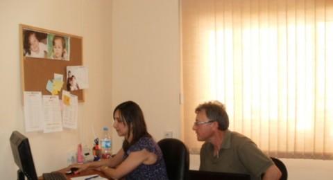 مركز انجاز ينهي الدورة التدريبية في المشورة المالية الاقتصادية