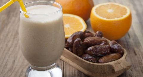 ما هي فوائد تناول التمر والحليب على الريق؟
