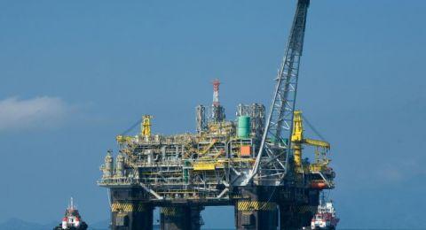 أسعار النفط تتماسك قبل